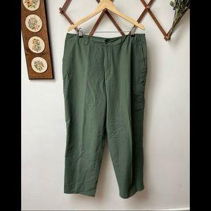 L.L. Bean • Trail Guide Cargo Pants